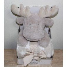 Soft blanket with reindeer plush